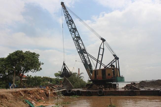 Cần 60 tỉ đồng xây kè chống sạt lở cồn Phú Đa
