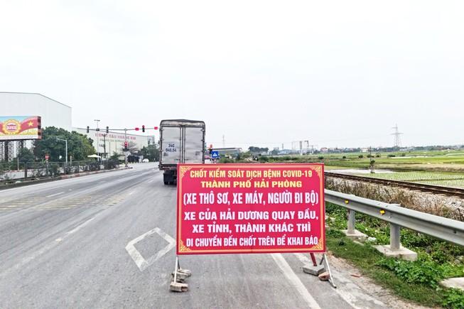 Nhà máy 14.000 lao động đóng cửa vì dịch