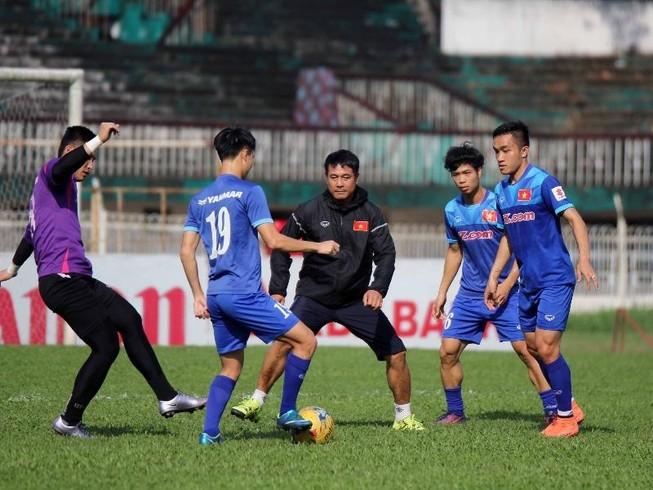 Đội tuyển Việt Nam bình yên trước 'bão'