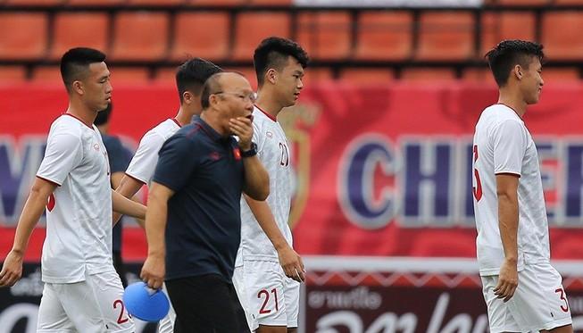 HLV Park Hang-seo: 'Thái Lan sẽ gặp nhiều khó khăn hơn!'