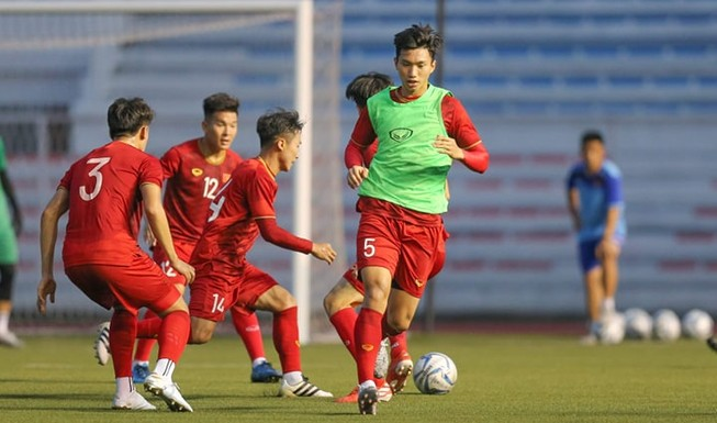 Ông Park tung ra đội hình xuất phát mạnh nhất đấu Indonesia