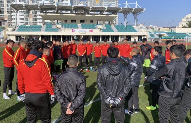 Ông Park giấu bài, U-23 VN không thể thắng Sinh viên Yeongnam