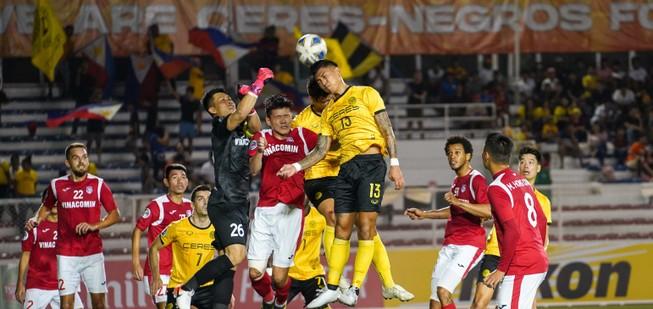 AFC hoãn vô thời hạn các trận đấu có TP.HCM và Than Quảng Ninh