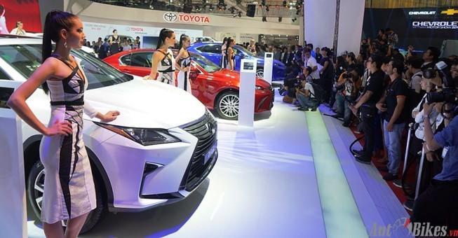Có cần bảo hộ mà 'cắt' giấc mơ mua ô tô giá rẻ?