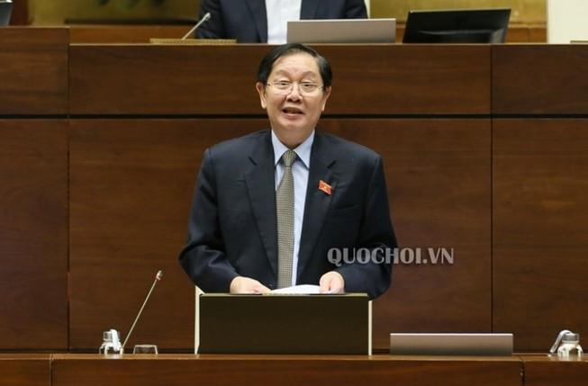 Bộ trưởng Lê Vĩnh Tân: 'Bổ nhiệm cần 7 bằng cấp, nhiều quá!'