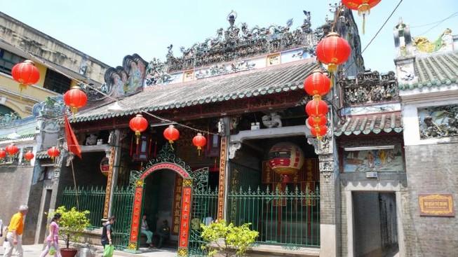 Người Hoa ở TP HCM phản đối Trung Quốc