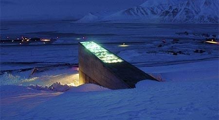 Tiết lộ bên trong hầm chống... tận thế ở Bắc Cực