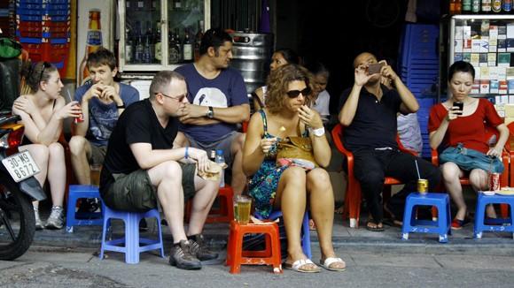 Quy định mới về quản lý người nước ngoài cư trú tại Việt Nam