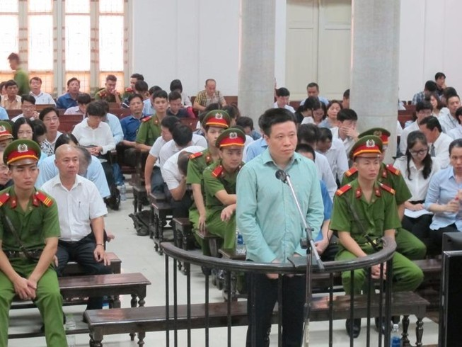 Luật sư cám ơn câu trả lời của bị cáo Hà Văn Thắm