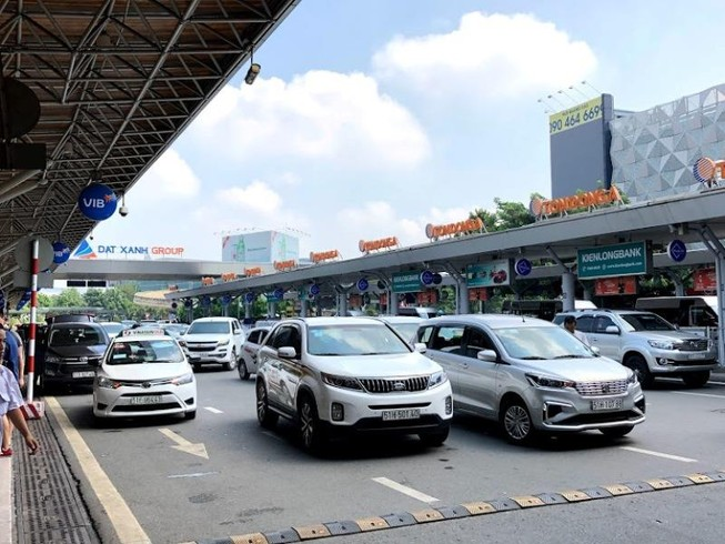 TP.HCM: Xe taxi, xe công nghệ được hoạt động từ 23-4