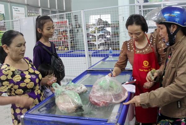 Ra mắt cửa hàng giải cứu thịt heo đầu tiên
