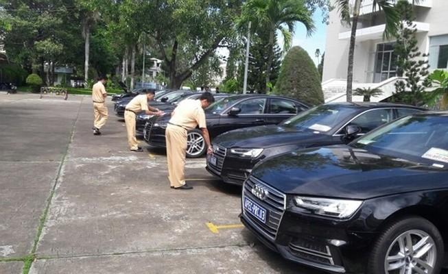 sỹ quan có cấp bậc quân hàm cao nhất là Đại tướng được sử dụng thường xuyên 1 xe ô tô trong thời gian công tác  (Hình minh họa: Internet)
