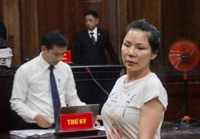 Hoãn xử vụ vợ cũ thuê người chém bác sĩ Chiêm Quốc Thái