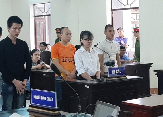Vụ Alibaba: Bị cáo Tú Trinh lệnh 'đập xe cuốc cho chị'