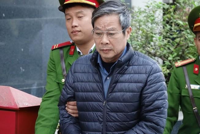 Ông Nguyễn Bắc Son lại đổi lời khai, thừa nhận tội