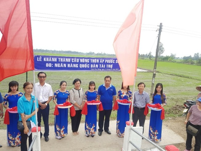 NCB tặng nhà, tài trợ xây cầu ở ĐBSCL
