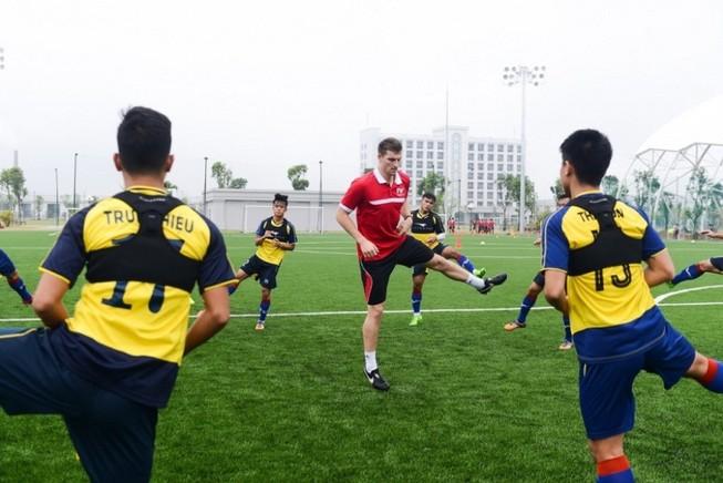 PVF tuyển sinh khóa 10 - tìm kiếm tài năng bóng đá trẻ