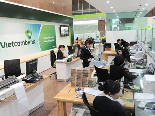 Vietcombank: Lãi suất cho vay bất ngờ giảm