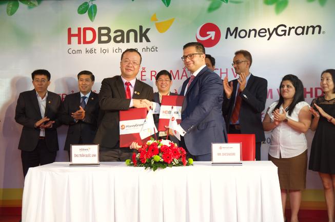 HDBank chi trả kiều hối 'siêu hỏa tốc' tại nhà