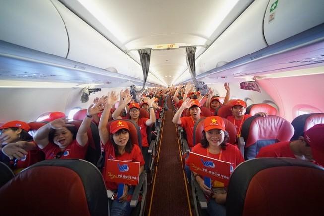 Máy bay VietJet bắt đầu hành trình 'Tôi yêu Tổ quốc tôi'