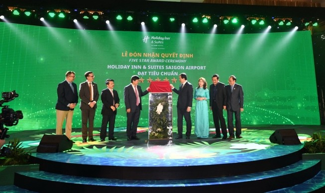 Holiday Inn & Suites Saigon Airport đạt chuẩn khách sạn 5 sao