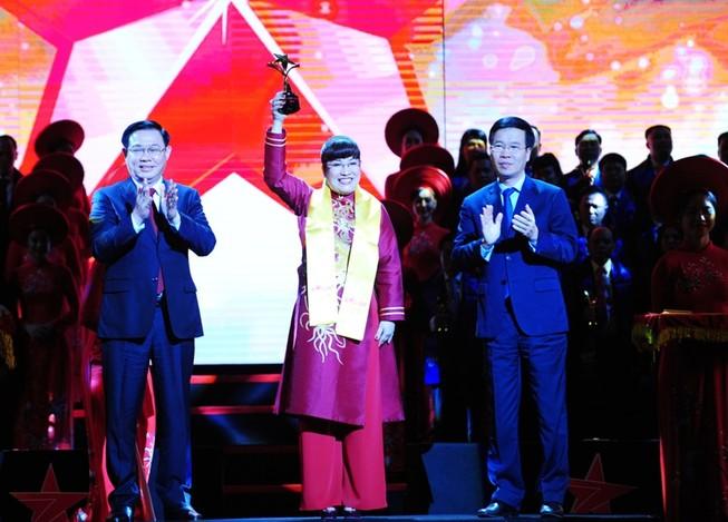 CEO Phuc Khang Corporation: Top 10 doanh nhân trẻ xuất sắc
