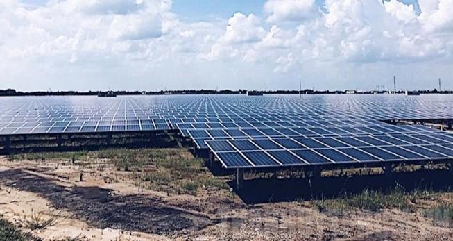 Ký hợp đồng vay 37,8 triệu USD hỗ trợ điện mặt trời VN