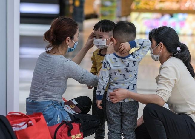 UNICEF: 8 cách để trấn an trẻ nhỏ trong mùa dịch COVID-19