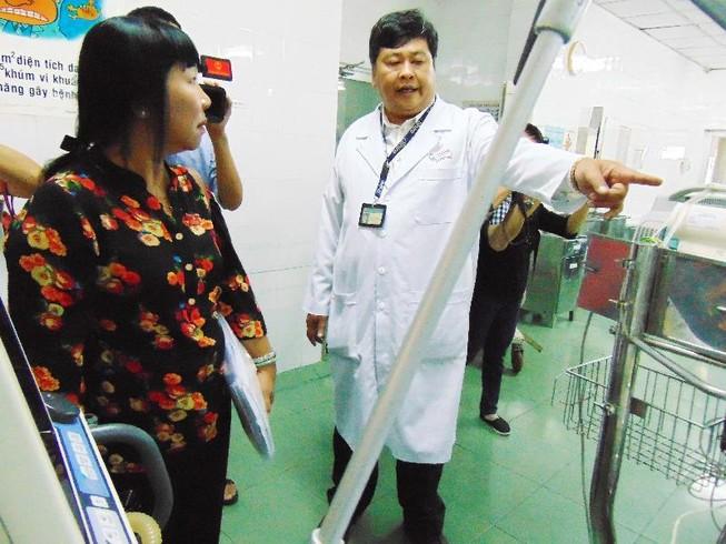 BV Nhi đồng 1 sẽ đo vòng đầu trẻ sơ sinh khi nhập viện