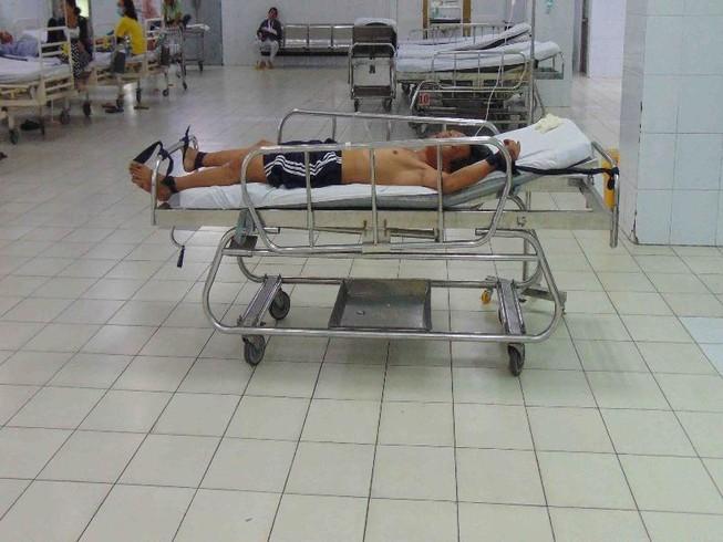 Khoa cấp cứu mùng 2 tết này vắng hơn mọi năm rất nhiều