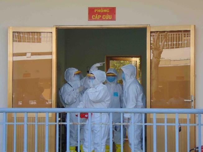 Dịch COVID-19: TP.HCM cách ly 26 người tại bệnh viện dã chiến