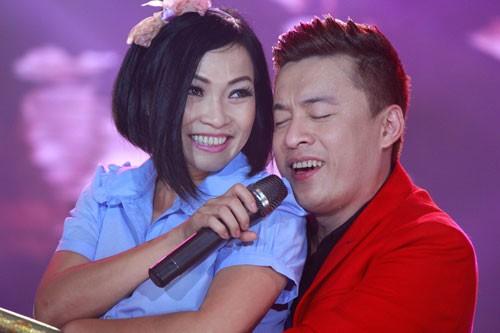 Phương Thanh cầm tay Lam Trường ôn lại tình bạn 20 năm