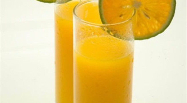 Uống nước cam vào lúc nào mới tốt?