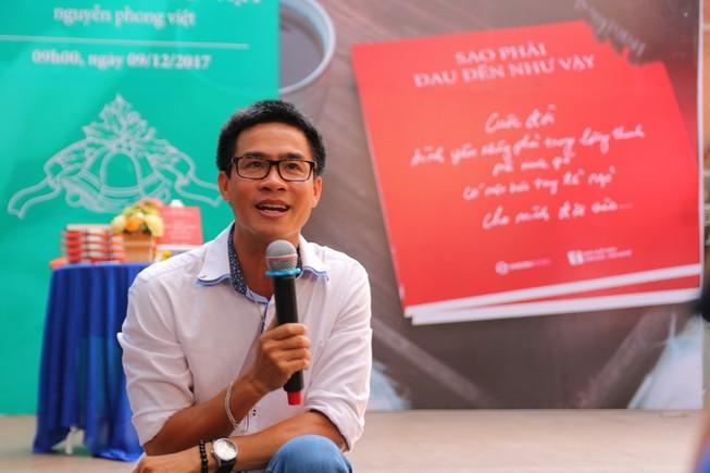 Nhà thơ ăn khách bán hết 5.000 cuốn trước khi ra mắt