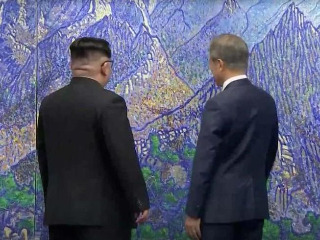 Thượng đỉnh liên Triều kết thúc sau hai giờ gặp
