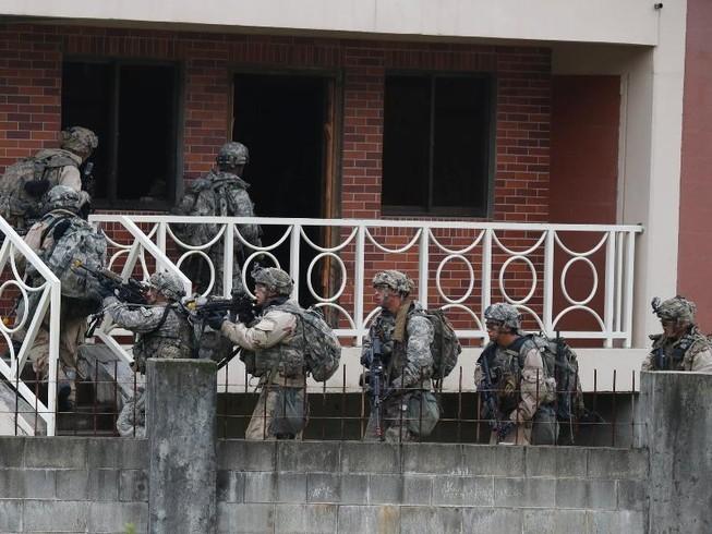 Ông Trump chỉ đạo tính phương án rút bớt quân khỏi Hàn Quốc