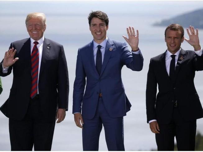 G7: Gặp ông Macron, ông Trump đồng ý đối thoại thương mại