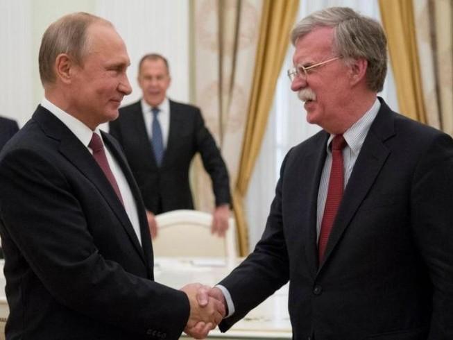 Ông Putin tiếp Cố vấn An ninh quốc gia Mỹ Bolton
