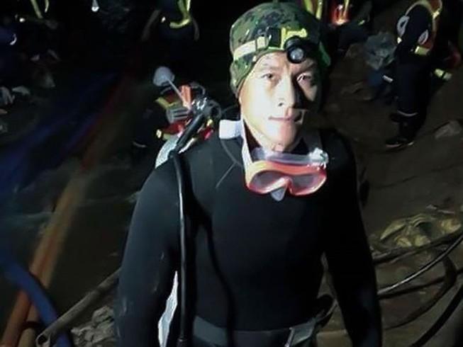 Đội AS Roma tưởng nhớ cựu binh Thai Navy Seals hy sinh