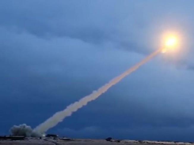 Mỹ chính thức bắt đầu 180 ngày rút khỏi Hiệp ước INF với Nga