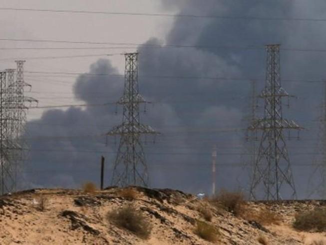 Saudi Arabia: Vũ khí tấn công hai nhà máy lọc dầu là của Iran