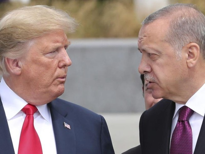Ông Trump điện đàm ông Erdogan bàn chuyện Syria