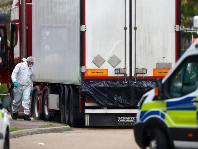 Pháp phát hiện 8 người nhập cư trong xe đông lạnh đi về Anh
