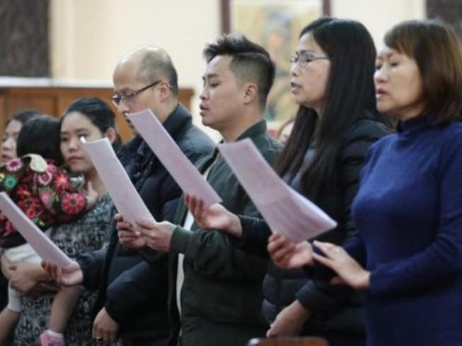 Cộng đồng người Việt tại Anh thương tiếc 39 đồng bào đã chết