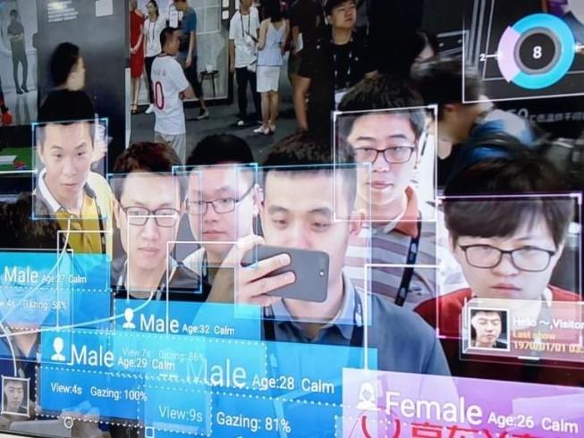 Trung Quốc: Phải quét nhận diện khuôn mặt khi đăng ký di động