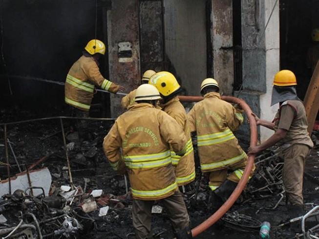 Cháy lớn, 43 người chết khi đang ngủ
