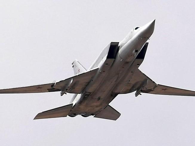 Hỏng động cơ, máy bay ném bom Tu-22 của Nga chật vật hạ cánh