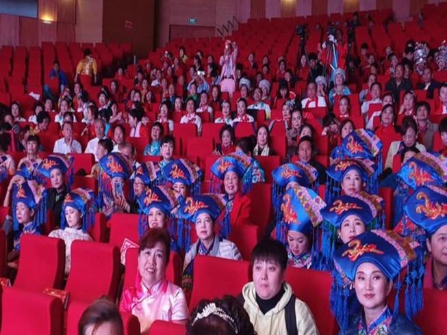 Làm rõ sự kiện có hàng trăm người Trung Quốc tham dự