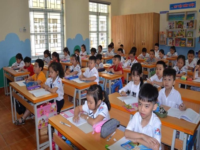 Quảng Ninh cho học sinh đi học trở lại từ 2-3