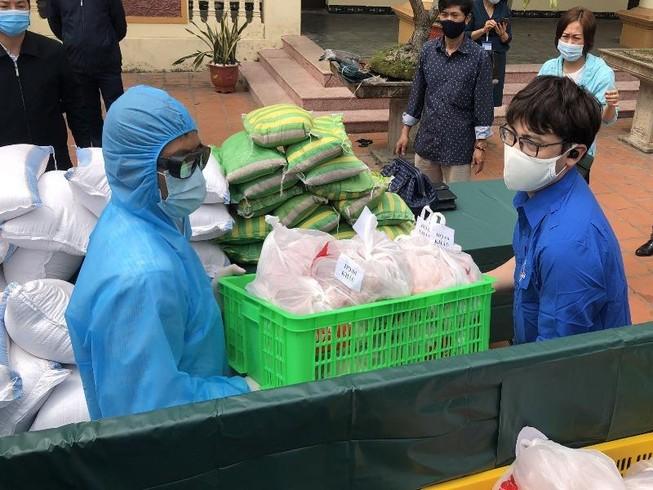 Hải Phòng tiếp tế lương thực, thực phẩm cho dân khu phong tỏa